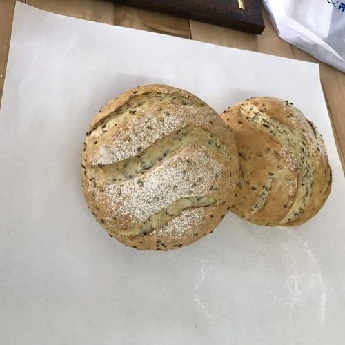 آقای نان (mr.bread)