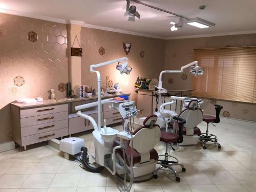کلینیک دندانپزشکی دکتر سلیمانی